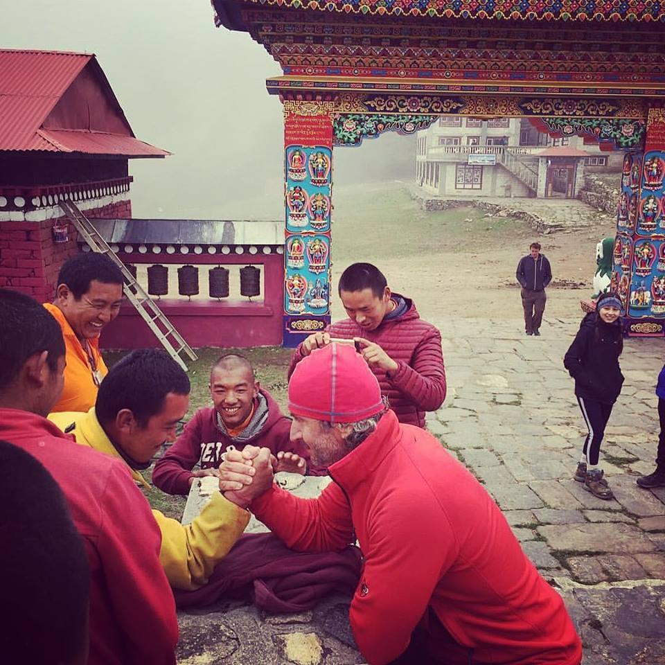 Nicu Rotaru skandenberg calugari budisti Himalaya